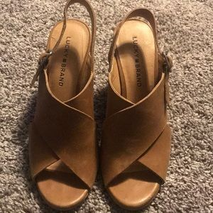 Lucky brand tan wedge size 7
